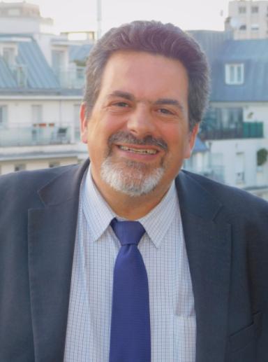 Jean-Philippe Arnoux, Directeur Silver Économie chez Saint-Gobain